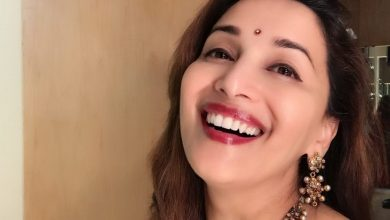 Photo of It's 'Dhakdhak Girl' Madhuri's birthday and we CAN'T keep CALM!