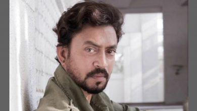 Photo of 'Lag Jaa Gale' Was Irrfan Khan's Favorite Track During Cancer Treatment