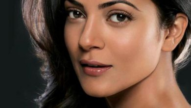 Photo of List of 6 Bollywood Actresses Who Smoke in Real Life