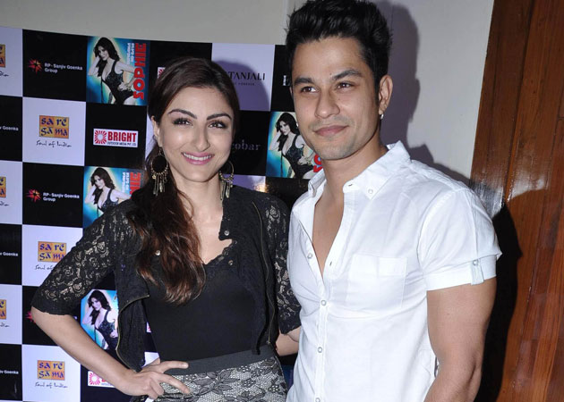 Bollywood Actors Who Fell in Love on Set