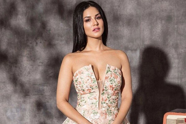 Sunny Leone Bollywood Stars And Their Demands