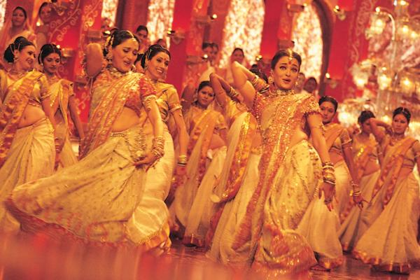 Photo of Devdas Song Dola Re Dola Bags The Greatest Bollywood Number Title in a UK Poll