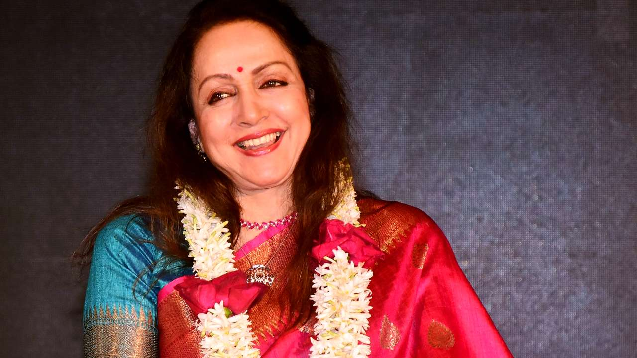 Photo of Hema Malini Joins The Billionaire Club With Assets Valuing 101 Crores