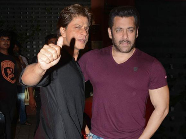 Photo of Here's What Salman Khan Has to Say About Shah Rukh Khan's Heroic Act At Amitabh Bachchan's Diwali Bash