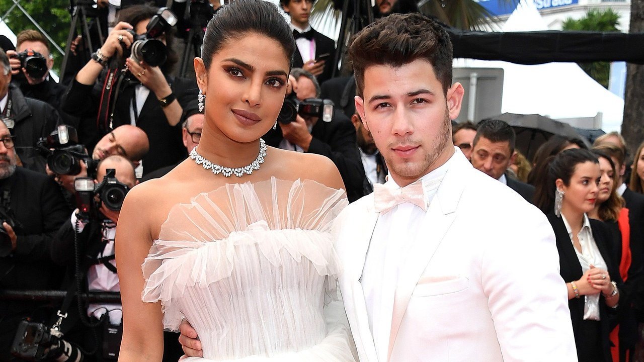 Photo of Cannes 2019: Priyanka Chopra & Nick Jonas Dropped Major Couple Goals at the Red Carpet!