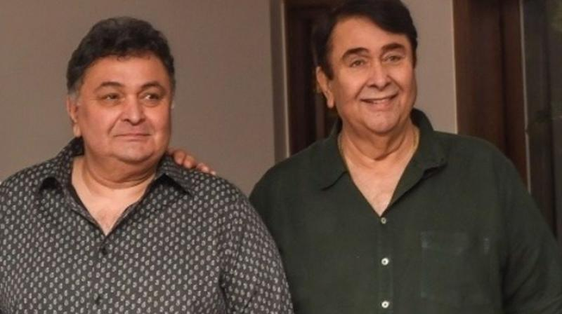 Photo of Rishi Kapoor is Finally Cancer Free, Confirms Brother Randhir Kapoor