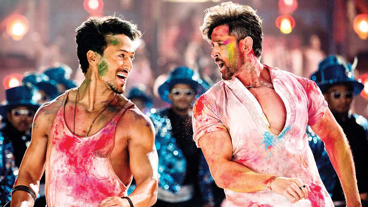 Photo of Hrithik Roshan-Tiger Shroff's 'WAR' Will Have A Special Delicacy For You: A Holi Song Titled: 'Jai Jai Shiv Shankar'