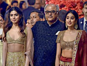 Urvashi Rautela Breaks Her Silence On Her 'Inappropriate Video' With Boney Kapoor