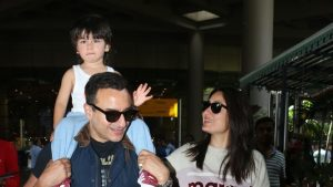 When It Comes To Saif And Kareena, Like Most Couples Wife Is Annoyed With Her Husband's One Habit