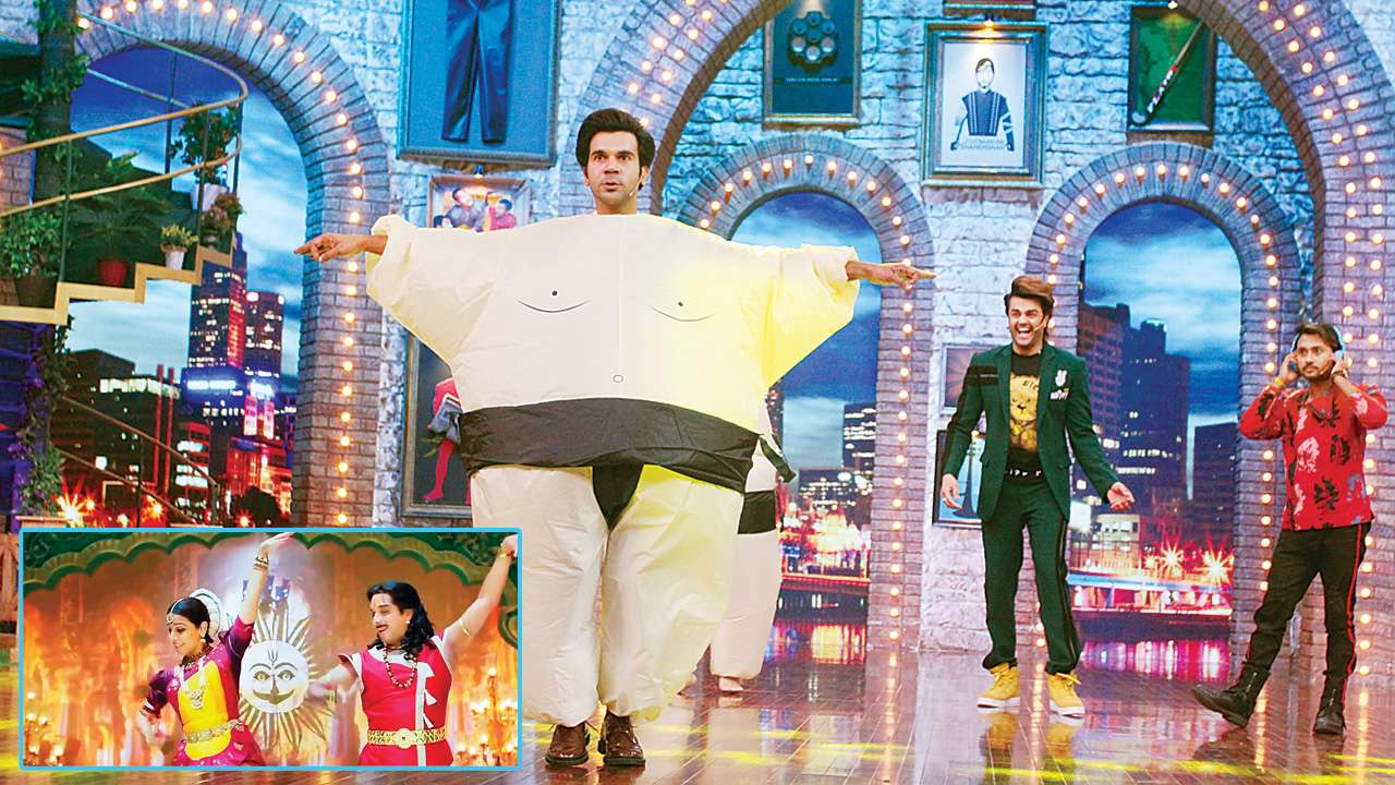 Photo of Rajkummar's Dance Moves On Vidya Balan's 'Aami Je Tomar' From 'Bhool Bhulaiyaa' Left The Audience Asking For More