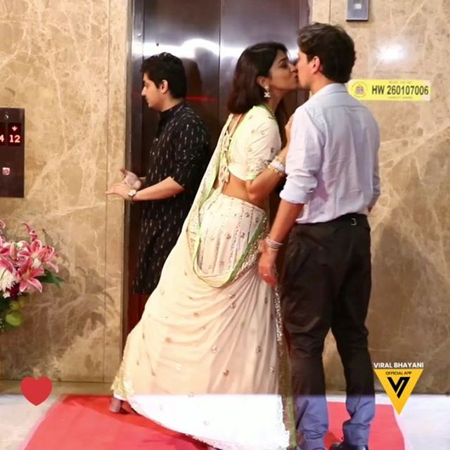 Photo of Shriya Saran Was Unable To Get Her Hands Off Her Hubby During Their 1st Public Appearance