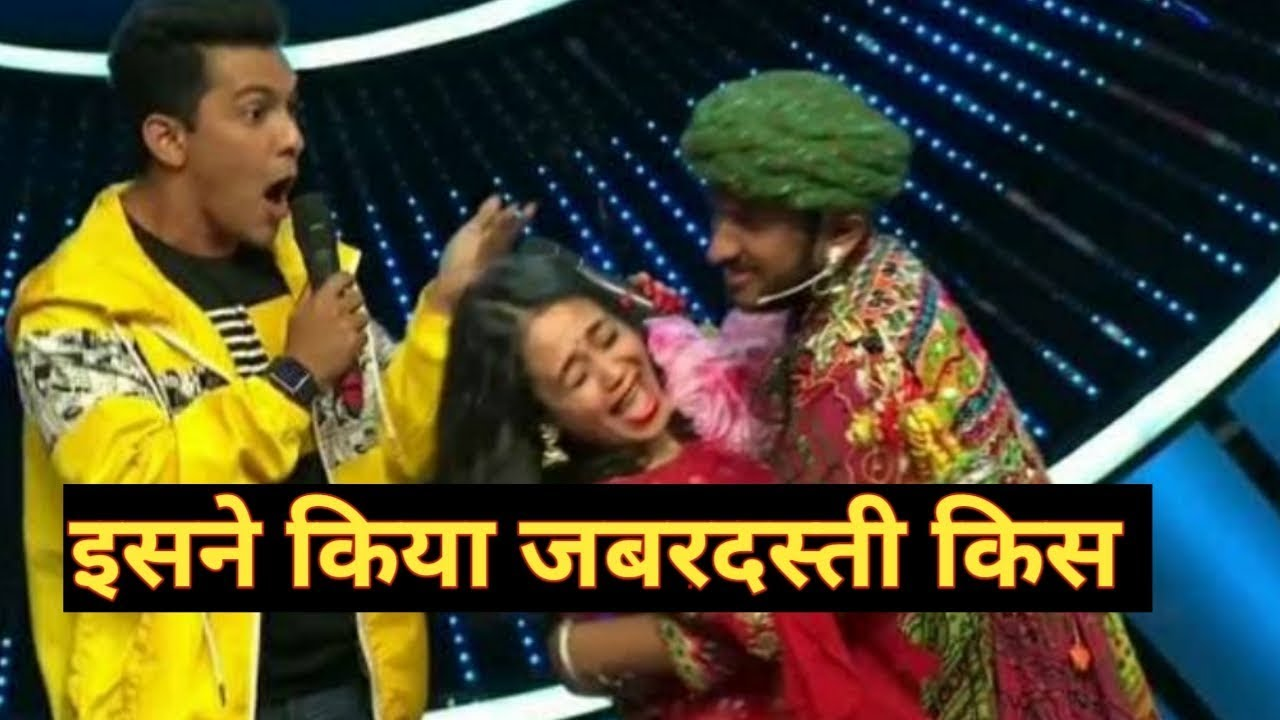 Photo of 'Indian Idol 11' Judge Neha Kakkar's Fan Kisses Her Forcibly On The Indian Idol Sets
