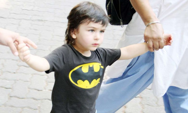 Batman: Taimur Has Own His Ways To Enforce 'Safe Distance' From Paps
