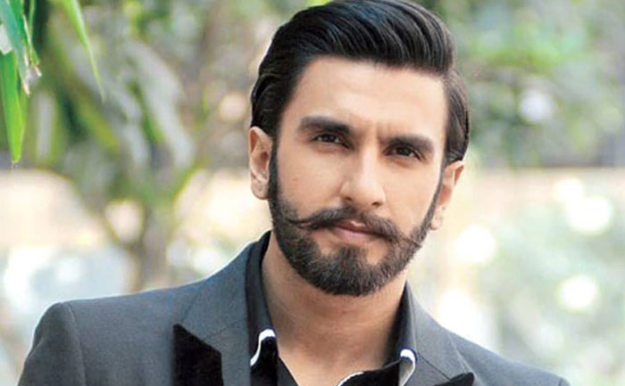 Ranveer Singh Talks To Trolls In Their Own Language For Calling Him 'Joker' & Mocking His Hindi