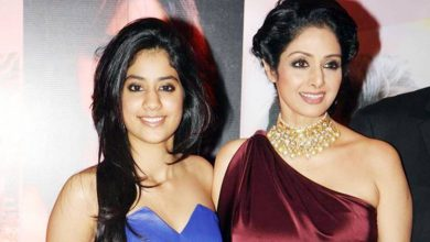 Photo of Janhvi Kapoor Can Still Feel Her Mother Sridevi Around