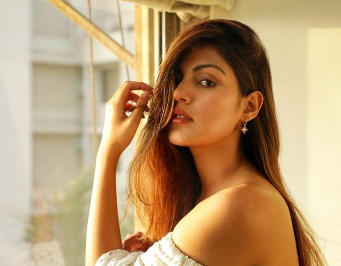 Sushant's Girlfriend Rhea