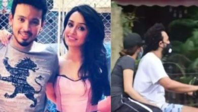 Photo of Shraddha Kapoor Goes For a Scooty Ride With Rohan Shrestha
