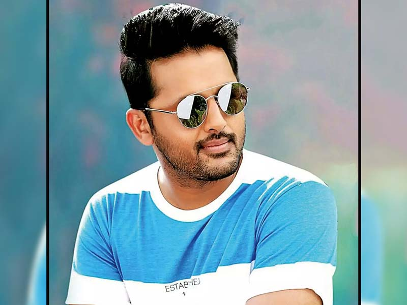 Telugu Actor Nithiin Girlfriend