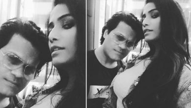 Photo of Controversy Queen Poonam Pandey is Engaged to Sam Bombay