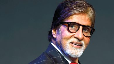 Photo of Amitabh Bachchan's Quriky Instagram Post In Which He Hangs 'Nimbu Mirchi' On 2021 Goes Viral
