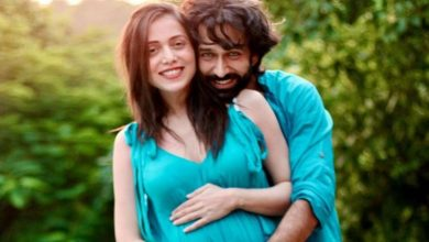 Photo of Actor Nakuul Mehta And Wife Jankee Parekh Announce Pregnancy