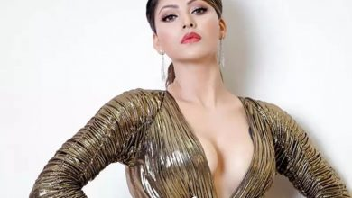 Photo of This Bollywood Actor Wanted To Marry Urvashi Rautela Who Is 17 Years Younger To Him